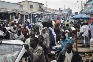 Crowds fill Abubakar Gumi central market after authorities relaxed a 24 hour curfew in the northern Nigerian city of Kaduna